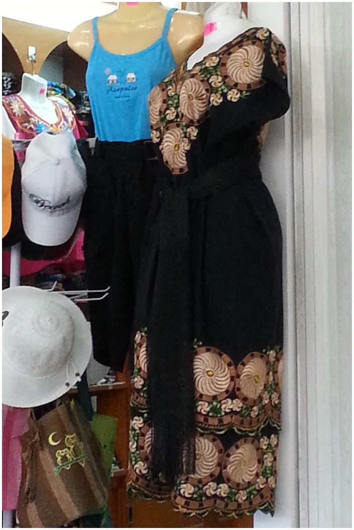 Eine Bluse oder ein Kleid…ohne Schnittmuster und zum Handnähen. |
